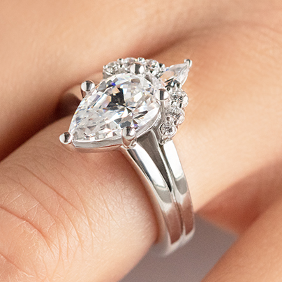 How Much Does a Custom Engagement Ring Cost?
